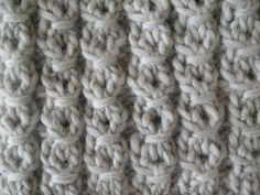The Weekly Stitch: Blanket Moss Stitch Moss Stitch, Knitting Stitches, Merino Wool Blanket, Stitch Patterns, Diy Crafts, Crochet, Repeat, Ravelry, Cable