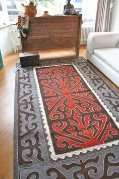 hand made nomad carpet of wool