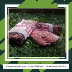 Sajadah Batik - Untuk info lebih lengkap bisa langsung menghubungi kami melalui WA : +62 852-2765-5050 #oleholehhajiumroh #jualsouvenirumroh #sajadahwarna #travelumroh #weddingsouvenir #souvenirpengajian #sajadahlipat #souveniraqiqahbayi #souvenirpengajianpernikahan #souvenirwisudasidoarjo #jualmukenamurah #sajadahpraktis #mukena #sajadahanak #souvenirhajimurah #souvenirulangtahun #souvenirpengajian4bulan #sajadahlembut #souvenirwisudamakassar #souvneirulangtahununik Batik Solo, Akad Nikah, Yogyakarta, Haiku, Photo And Video, Gifts, Instagram, Souvenir, Presents