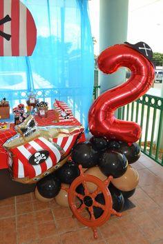 boy's pirate birthday party decor ideas www.spaceshipsandlaserbeams.com