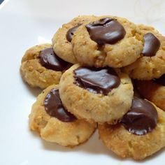 Biscotti, Easy Crafts, Muffins, Sweets, Cookies, Cake, Desserts, Recipes, Food