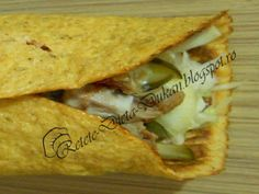 Shaorma Dukan Dukan Diet, Shawarma, Sandwiches, Food And Drink, Cooking Recipes, Ethnic Recipes, Tortillas, Wraps, Foods