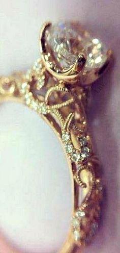 Gorgeous 82 Cushion Cut Vintage Engagement Ring https://bitecloth.com/2017/07/12/82-cushion-cut-vintage-engagement-ring/