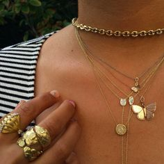 Casual Fridays, Gold Necklace, Sparkle, Necklaces, Jewelry, Fashion, Moda, Gold Pendant Necklace, Jewlery