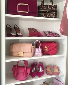 Pink wardrobe favs by Alex. 💕Anzeige/Tags Which item would you steal?Additional question for bored fashion lovers: Which brand can you see most? Pink Wardrobe, Pink Accessories, Retro Aesthetic, Luxury Bags, Louis Vuitton Speedy Bag, Fashion Bags, Me Too Shoes, Fashion Forward, Ideias Fashion