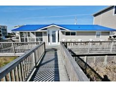 T.J. House - Oceanfront house - Carolina Beach