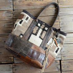 """J.AUGUR DESIGN /""""Navajo Large Tote Bag"""""""