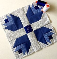 """D"" Dutch Treat Quilt by Happy Quilting This Dutch Treat Quilt Block designed by maureencracknellhandmade.. The pattern is available for free.. Full Post: Dutch Treat Quilt Pattern"