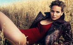 Jennifer Lawrence Sexy Pose HD Wallpapers in HD 300x187 Jennifer Lawrence Sexy Pose HD Wallpapers in HD