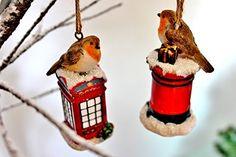 Set di 2 da appendere di Gisela Graham-Decorazione natalizia a forma di pettirosso, in resina, 10 cm
