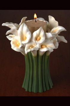 Cally Lily Tea Light Bouquet – The best ideas Ceramic Flowers, Clay Flowers, Flower Vases, Painted Flowers, Pottery Vase, Ceramic Pottery, Ceramic Art, Polymer Clay Crafts, Diy Clay