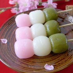 Recetas Japonesas en español!: Hanami dango - Bolitas dulces especial festival de Sakura