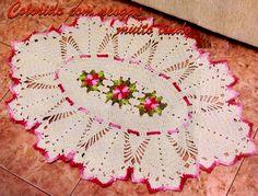 Olá!     O lindo Tapete  Oval com Nesgas e Flores em Crochê!     Obrigada por visitar!            Gráfico