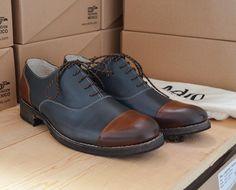 """44 Me gusta, 2 comentarios - Adro Fine Shoemakers México (@adro_shoes) en Instagram: """"¡Pedido especial listo!. / Special order ready!. ✈️ Envíos a todo México / Shipping Worldwide…"""""""