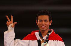 2012 Londra Olimpiyatları'nda, erkekler 68 kiloda tatamiye çıkan milli tekvandocu Servet Tazegül, final maçında İranlı Mohammad Bagheri'yi 6-5 yenerek altın madalyanın sahibi oldu. Excel Arena'...