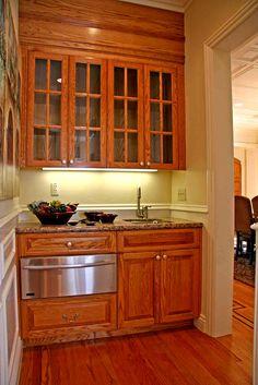 warming drawer in butler's pantry!