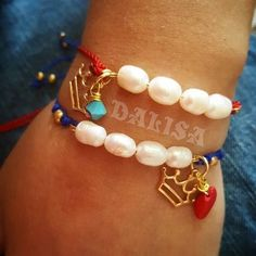 Adjustable bracelets!!! Queens wear Crowns! Beautiful bracelets, hilitos By: Musa House.