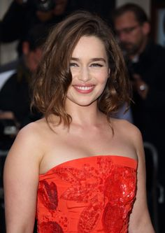 September 08: GQ Men of the Year Awards - 0809 GQmenoftheyear 0013 - Adoring Emilia Clarke - The Photo Gallery