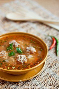 Ciorba de perisoare! Meet balls soup...