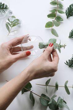 DIY kerstballen met groen
