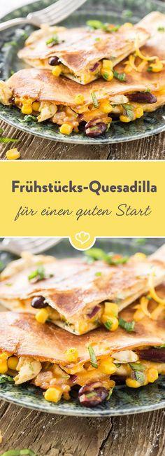 Diese Quesadillas werden am Abend zubereitet und sind am nächsten Morgen zum Genießen bereit. Mit Bohnen, Mais und Käse. Und allem, worauf du Lust hast.