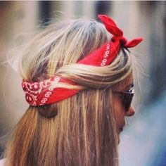 7 Ways to Wear a Bandana - Hair Ideas - StyleBistro Down Hairstyles, Pretty Hairstyles, Bandana Hairstyles For Long Hair, Hairstyles 2018, Pretty Makeup, Hair Day, Bad Hair, Girl Hair, Make Up