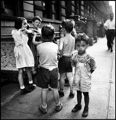 Elliott ERWITT :: NYC, 1946