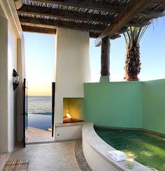 Tropical spa style Summer Bathroom Style: Modern Seasonal Decor Ideasvia www.spaarabat.com Rabat Spa Selection
