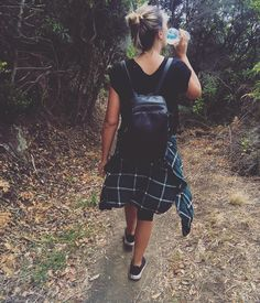 Healthy start: bush walking around the Great Ocean Road. We love our Bobble water bottle with an inbuilt filter! Clean filtered water plus it reduces waste and chemicals from other plastic water bottles. Shoutout to @bobbleausnz.  #bobble #filteredwater #water #cleanwater #detox #cleanse #healthy #health #fitspiration #bushwalk #walk #walking #fit #fitness #fitlife #getfit #exercise #paleo #paleolifestyle #drinkwater #lovewater #waterbottle #h2o #cleanliving #justdoit #makewaterbetter #lorne…