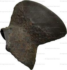 Hourglass Gauntlet, Museo Archeologico Medioevale di Attimis, Faedis ref_arm_1265_001