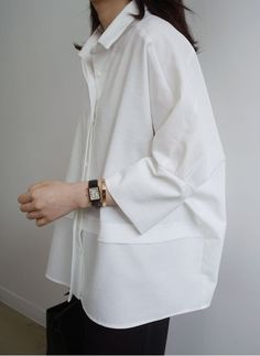 oversize womens clothing casual look in white shirt – Mode für Frauen Look Fashion, Womens Fashion, Fashion Tips, Trendy Fashion, White Fashion, Classic Fashion Style, Fashion Hacks, Jeans Fashion, Classy Fashion