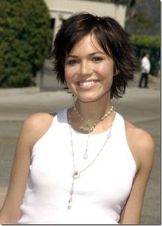 Mandy Moore's flipped out hairstyle