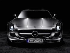 Mercedes SLS AMG Wallpaper 9