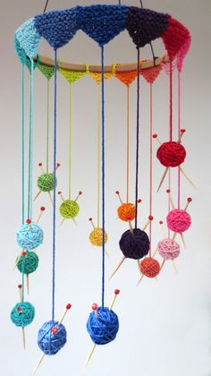 """Creative Knitting Project - Knit Mobile - cute but I would constantly be panicki. Creative Knitting Project - Knit Mobile - cute but I would constantly be panicking over the """"needles"""" Always aspired to . Knitting Projects, Crochet Projects, Knitting Patterns, Crochet Patterns, Knitting Ideas, Cowl Patterns, Knitting Tutorials, Free Knitting, Diy Projects"""