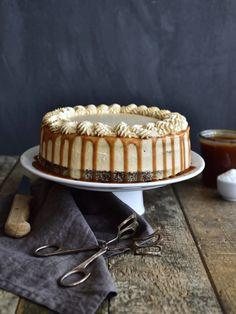 Salted Caramel Cake, Food Styling, Tiramisu, Cake Recipes, Cheesecake, Birthday Cake, Cookies, Baking, Ethnic Recipes