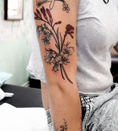 Australia Koala Drawing - Australia Animals For Kids - Australia Memes Upside Down - - Flower Tattoos, Leaf Tattoos, Arm Tattoo, Hand Tattoos, Sleeve Tattoos, Tatoos, Floral Tattoo Design, Tattoo Designs, Kangaroo Paw Plant