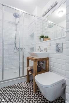 faience-salle-de-bain-style-métro-meuble-vasque-bois-massif