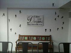 Free space sitting area design by Abhishek Dani design. WWW.ABHISHEKDANI.COM