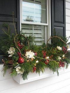 �аг��зка... Читайте також також 57 оригінальних ідей прикрашення вікон до Зимових свят Вишита ялинкова кулька. Майстер-класс Величезна Ялинка-розмальовка Свіжі ідеї різдвяних віночків Морзні Узори на … Read More