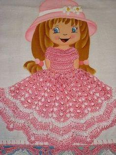 MUÑECA#8 Crochet Borders, Crochet Squares, Crochet Doilies, Sewing Pillow Cases, Sewing Pillows, Crotchet Patterns, Crochet Decoration, Crochet World, Crochet Kitchen