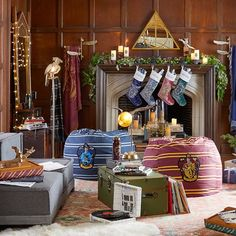 Upgrade your playroom and create a cool teen lounge room with furniture and decor from Pottery Barn Teen. Find inspiration and ideas for your teen's favorite hangout space. Hogwarts Christmas, Harry Potter Christmas, Christmas 2017, Christmas Stocking, Christmas Stuff, Harry Potter Dolls, Harry Potter Style, Harry Potter Navidad, Teen Lounge Rooms