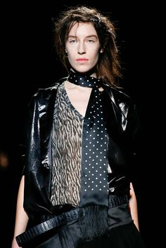 Haider Ackermann - Fall 2015 Ready-to-Wear - Look 21 of 93