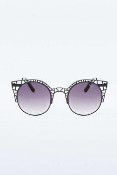 """Quay – Katzenaugen-Sonnenbrille """"Fleur"""" in Schwarz - Urban Outfitters"""