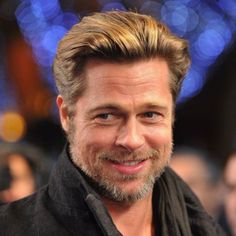 Brad Pitt Medium Length Hairstyles - Best Brad Pitt Haircuts: How To Style Brad Pitt's Hairstyles, Haircut Styles, and Beard #menshairstyles #menshair #menshaircuts #menshaircutideas #menshairstyletrends #mensfashion #mensstyle #fade #undercut #bradpitt #celebrity #bradpitthair Side Bang Haircuts, Cool Haircuts, Hairstyles Haircuts, Haircuts For Men, Mens Summer Hairstyles, Easy Hairstyles For Long Hair, Celebrity Bobs, Celebrity Hairstyles, Brad Pitt Style