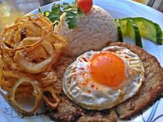Hungarian Recipes, Hungarian Food, Hummus, Bacon, Pork, Food And Drink, Eggs, Tasty, Dishes