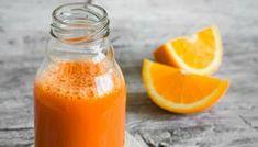 """Fanta caseira"""" é receita de refrigerante saudável: sabor fica igual a original Ingredientes 2 cenouras médias Suco de um limão 1 col. (sopa) de mel Pedaços de casca de 1 laranja 1 litro de água 1/2 litro de água com gás Modo de Preparo Bata todos os ingredientes no liquidificador com água, exceto a água…"""