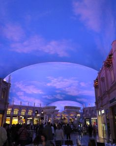 Ceiling Mall in Caesars Palace