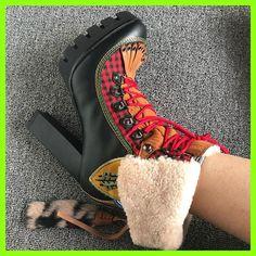 Trendy Nuovo Ricamo Caviglia Stivali Tacco Alto delle Donne di Pelliccia Delle Pecore Trim Big Size In Pelle Con Frange Stivali