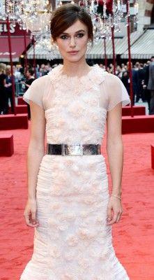 كيرا نايتلي فى الثوب الوردى لشانيل    Keira Knightley