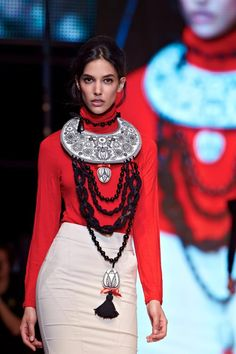 Textile necklace by MIMM-textildesign. Textile Jewelry, Jewellery, Capital Of Hungary, Fashion Competition, Red Boots, Tribal Necklace, Mirror Mirror, Fashion History, Ethnic